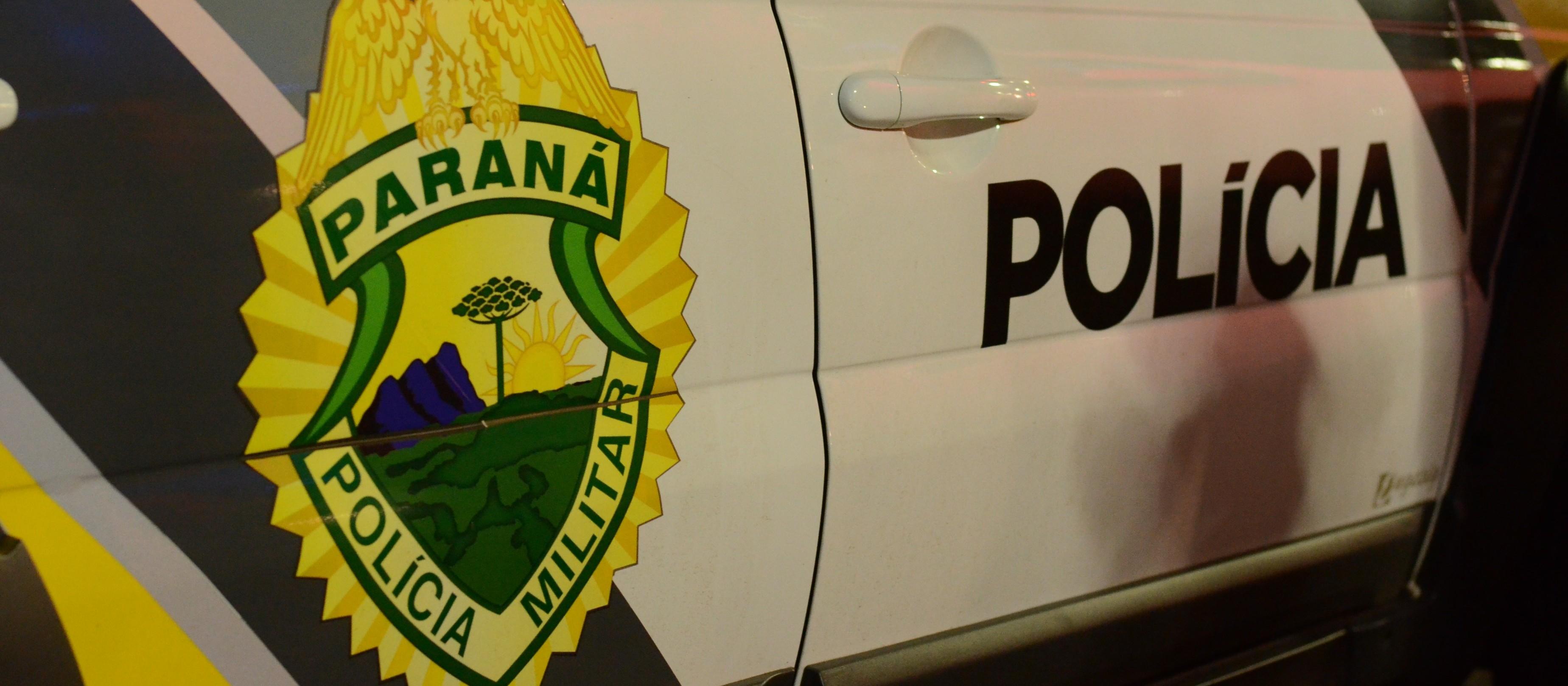 Jovem é preso com mais de R$ 50 mil em notas falsas