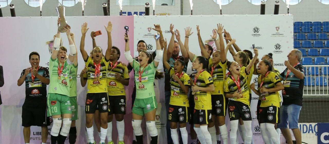 Cianorte Futsal fecha 2019 com quatro títulos