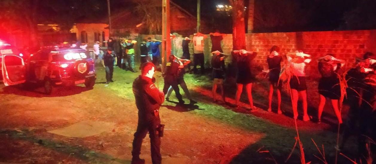 Guarda Municipal interdita casa abandonada usada para festas clandestinas