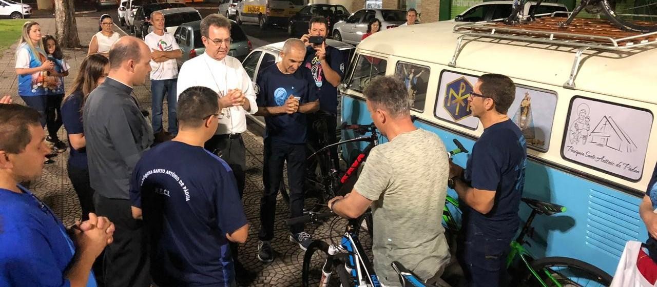 Cinco maringaenses irão pedalar 800 km até Aparecida