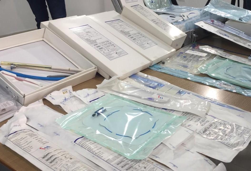 Cinco pessoas são presas acusadas de revender para médicos materiais cirúrgicos que deveriam ser descartados