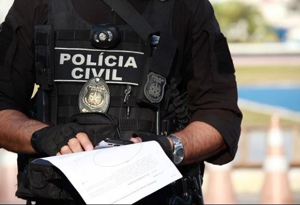 Investigador de polícia é suspeito de facilitar crimes