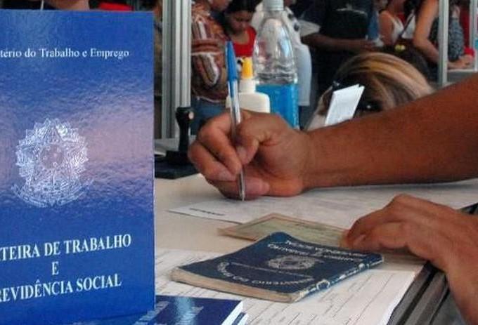 Duas mil vagas para abatedouro em Umuarama e 125 em Maringá