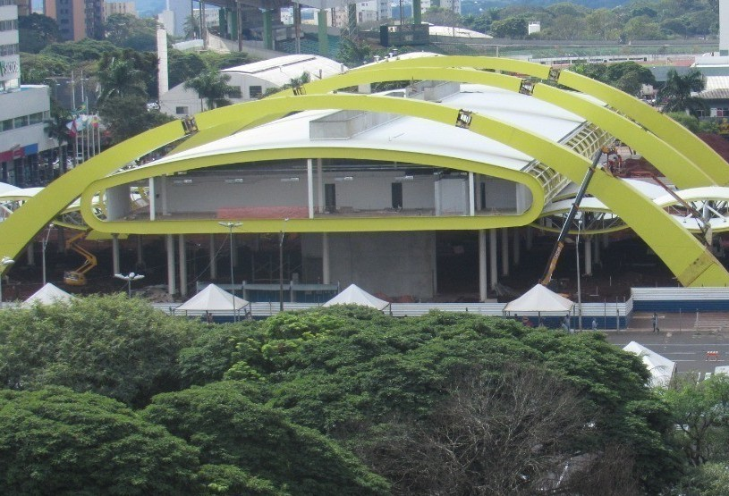 Ônibus começam a circular no novo terminal em novembro, diz secretário