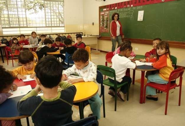 Mais de três mil crianças aguardam vagas em Cmeis de Maringá
