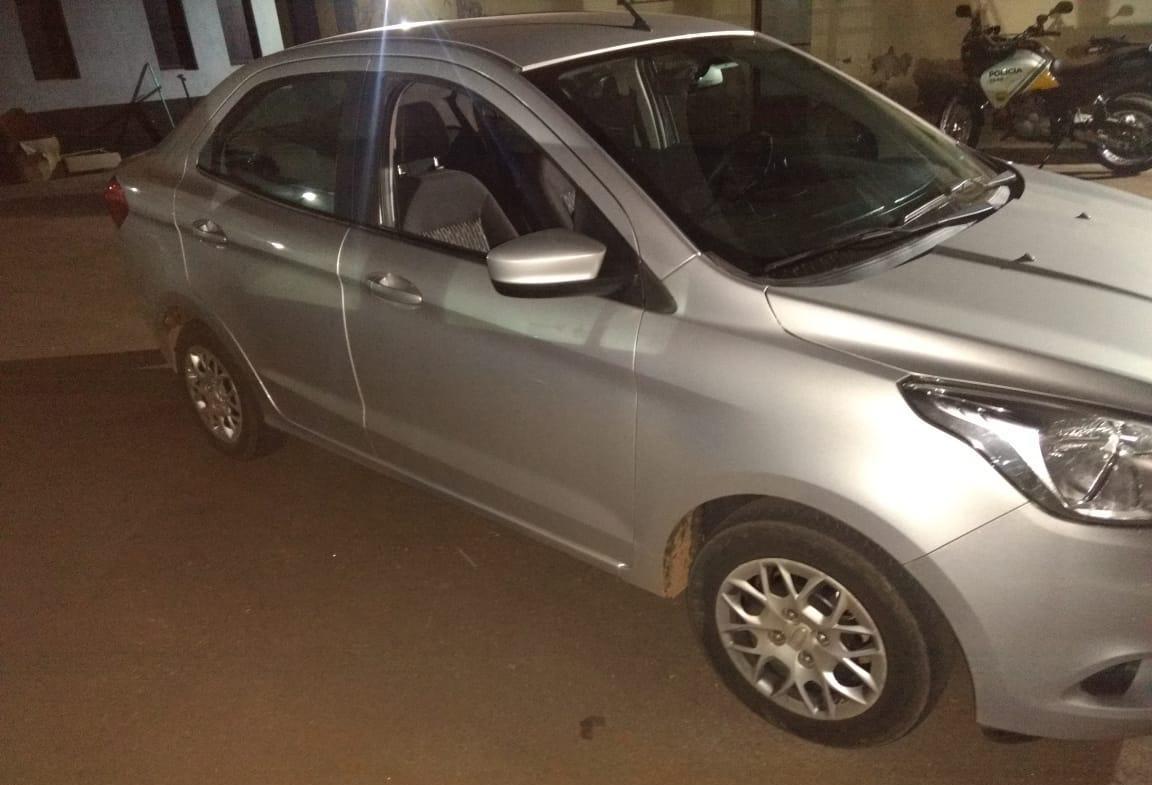 Suspeito de roubar carro é morto em confronto com a PM