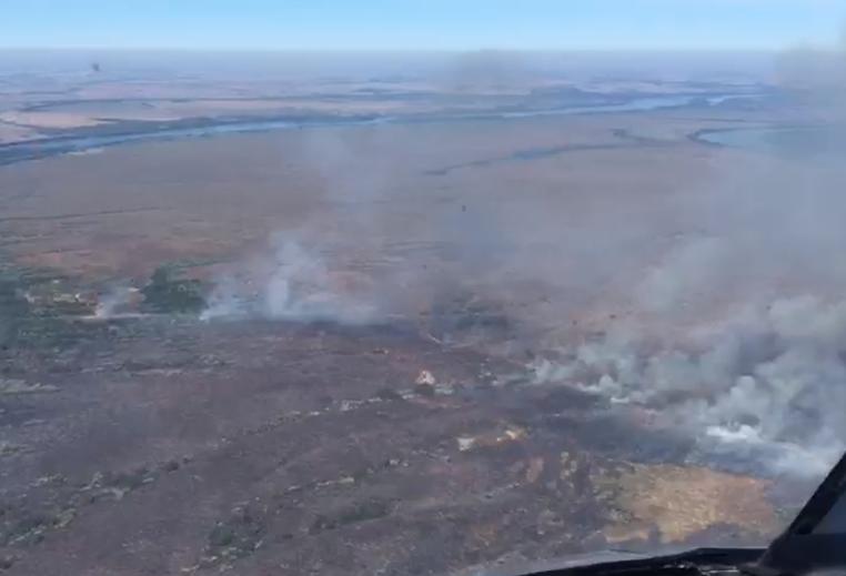 Fogo atinge quase 20 km do Parque Nacional de Ilha Grande