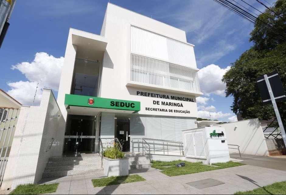 Prefeitura quer comprar prédio onde está a Secretaria de Educação