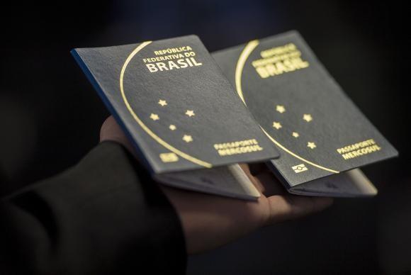Emissão de passaportes será desburocratizada até o final de 2018