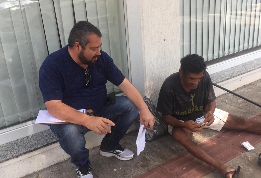 Pedintes no centro de Maringá são desafio para Sasc