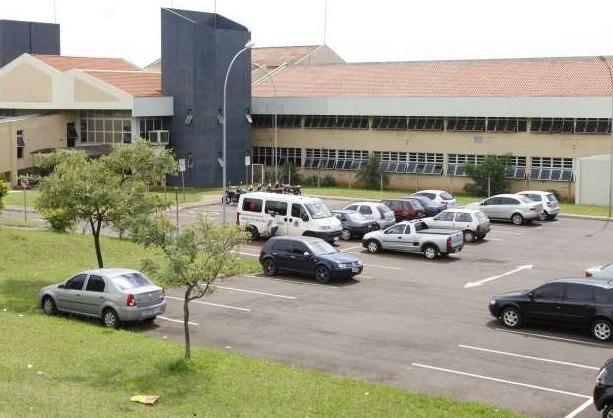 Urologista descredenciado pelo município nega acusações