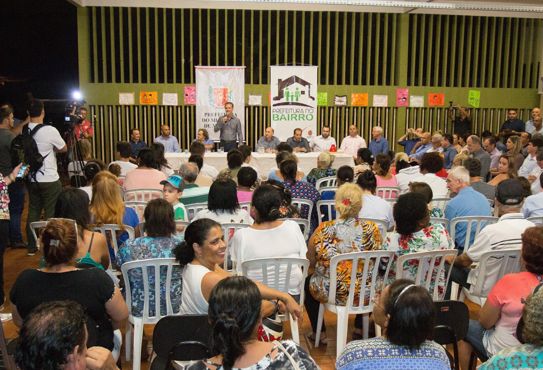 """""""Prefeitura nos Bairros"""" é realizada no conjunto Ney Braga"""