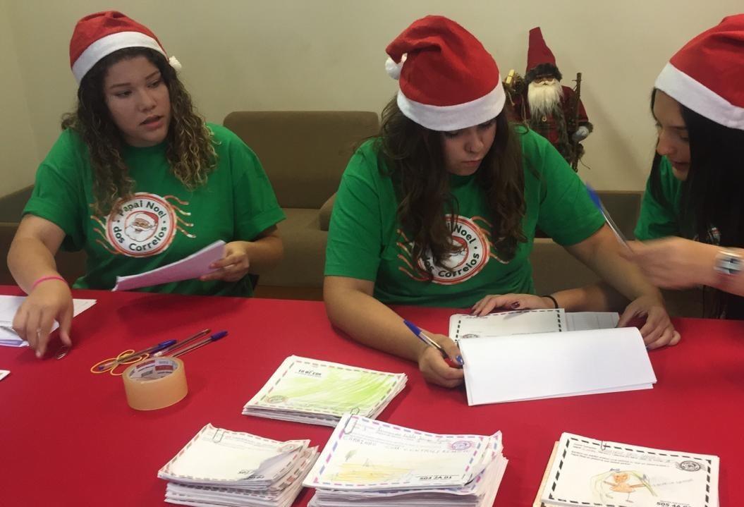 Papai Noel dos Correios quer atender 6 mil cartinhas em Maringá