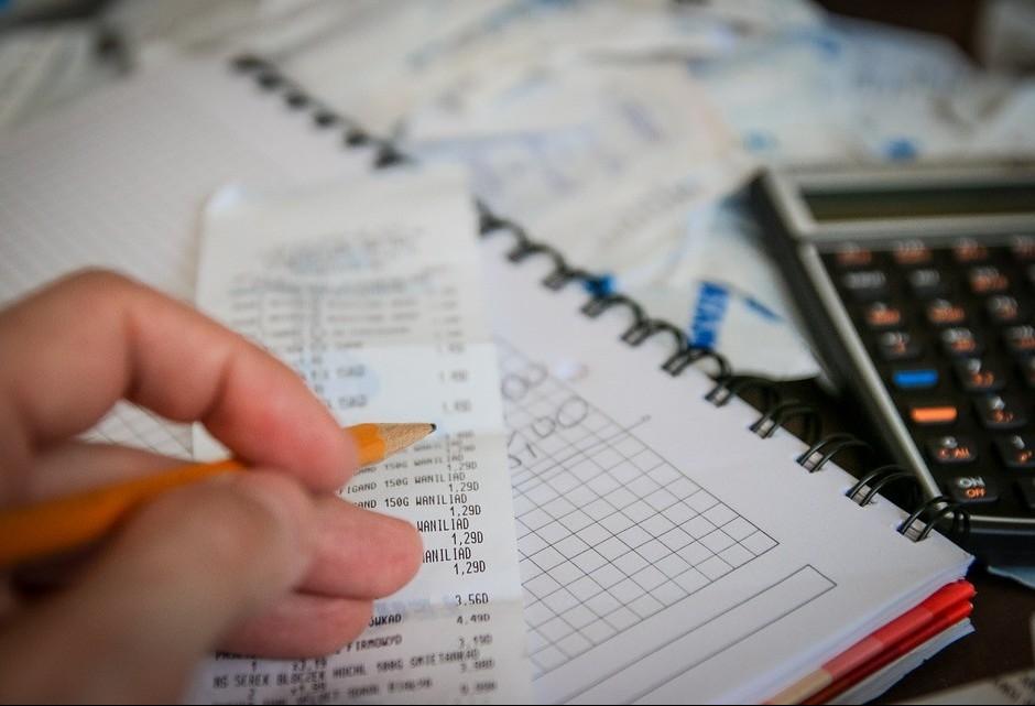 Consumidores não se preparam para as contas de início de ano