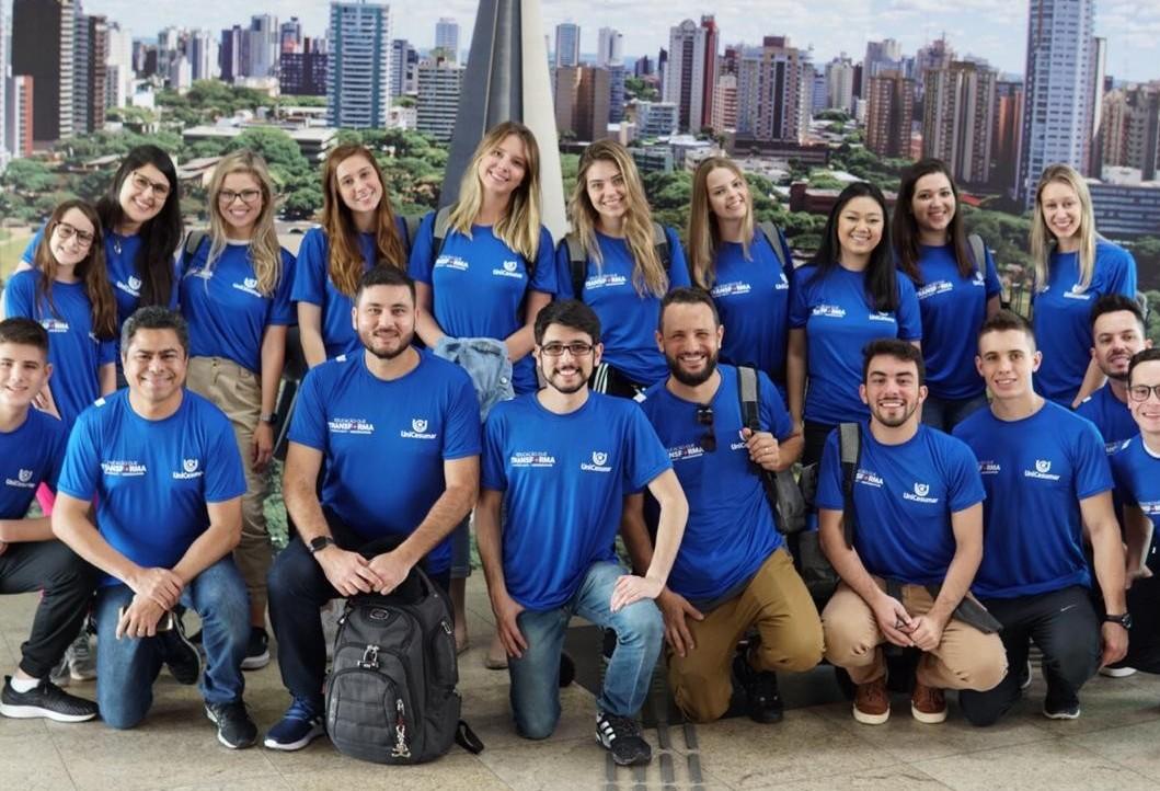 Acadêmicos de Medicina partem em missão humanitária