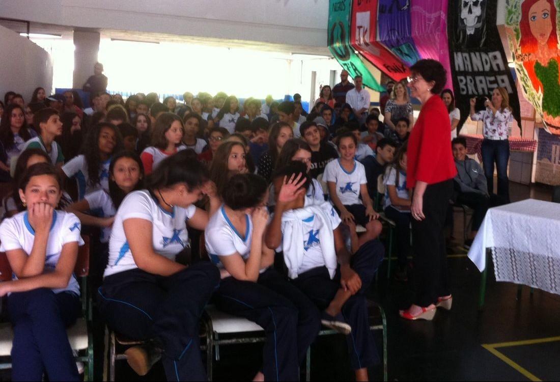 Colégio JK é o único estadual com ensino integral em Maringá
