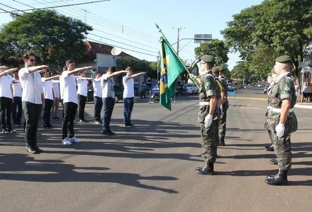Juramento à bandeira nacional será em 18 de outubro