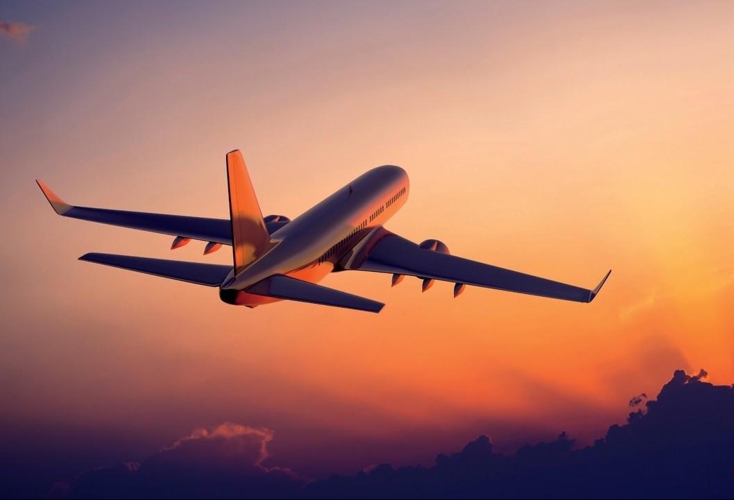 Passagens aéreas ficarão mais baratas na Black Friday, diz estudo