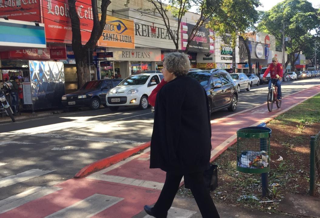 Quais as regras de convivência entre pedestres e ciclistas?