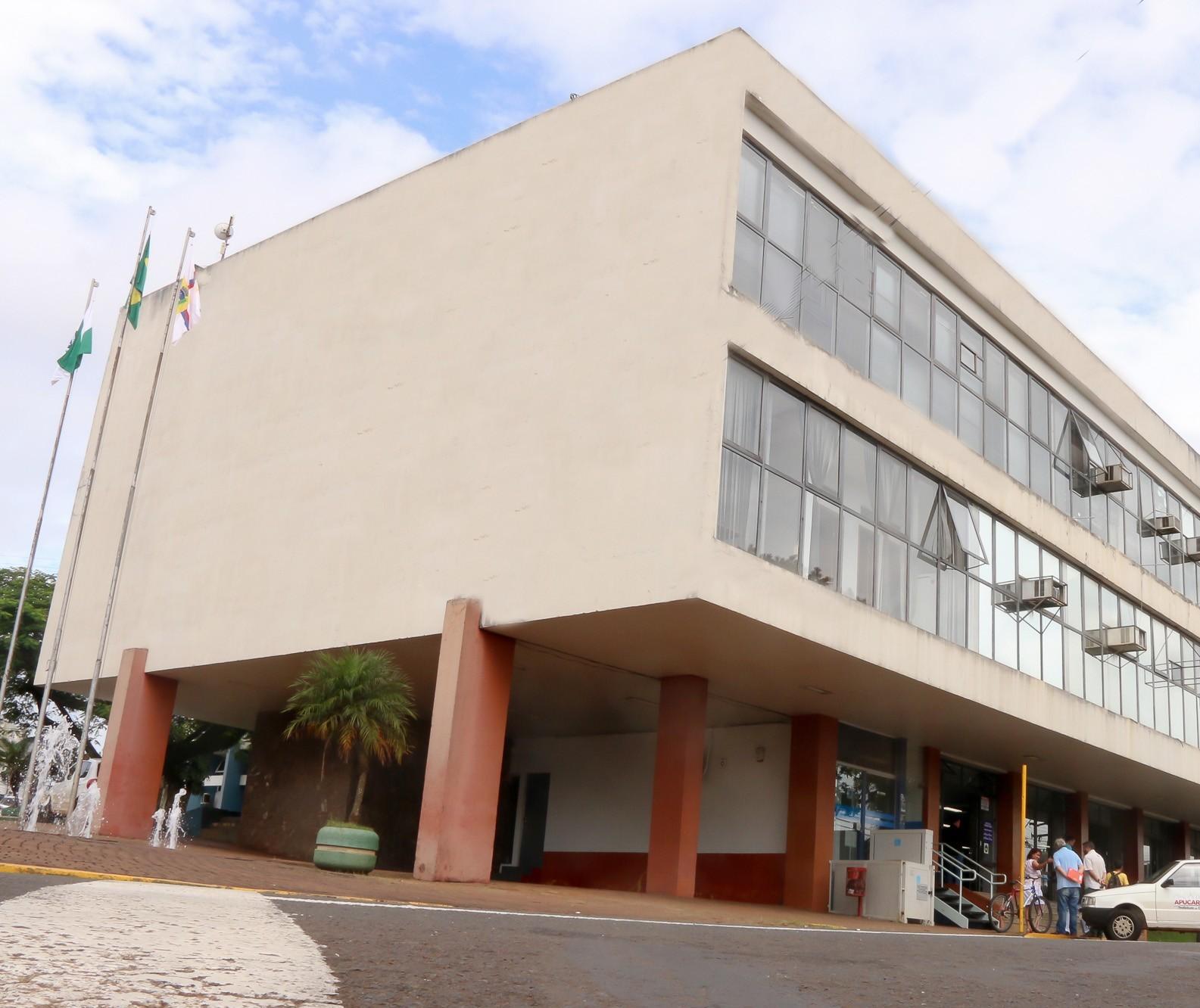 Prefeitura de Apucarana confirma surto de Covid-19 em secretarias municipais