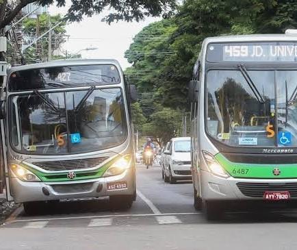 Justiça determina que o sinticato não pode impedir saída de ônibus
