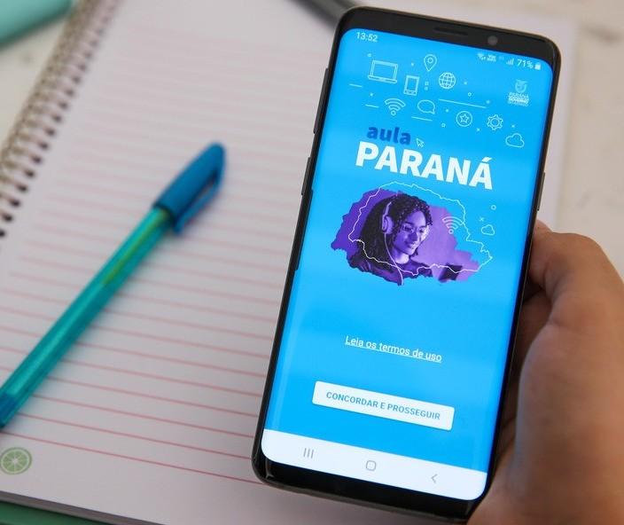 Ouvinte aponta falhas no aplicativo Aula Paraná