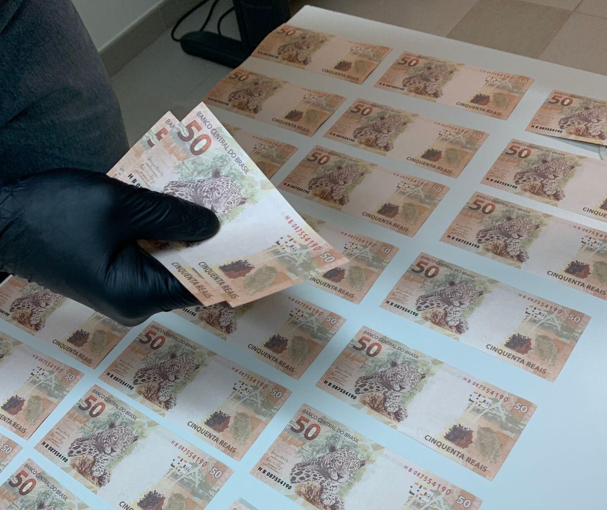 Homem é preso em flagrante com R$ 2 mil em cédulas falsas em Campo Mourão