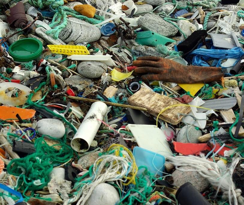 Excesso de lixo é na proporção do excesso da interferência do Estado