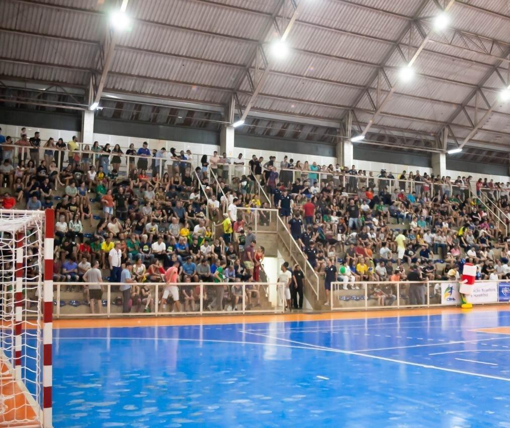Brasil ganha do Chile na terceira rodada do campeonato Sul-Centro Americano de Handebol Masculino