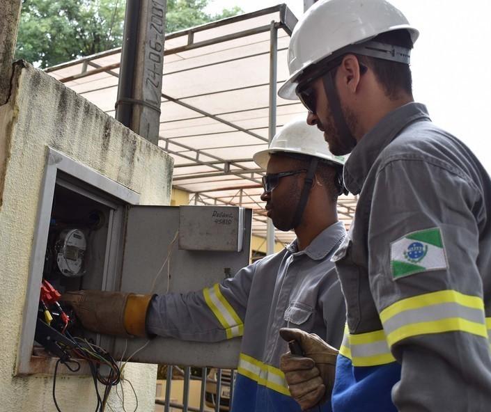 Energia elétrica: 340 'gatos' foram flagrados em Maringá em 2019