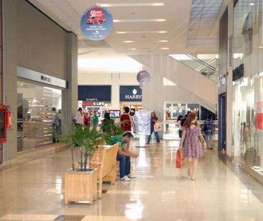 Decreto detalha reabertura de shoppings e igrejas em Maringá