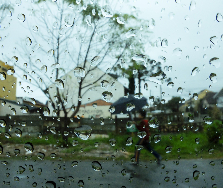 Volume de chuvas em julho foi 40% abaixo da média histórica em Maringá