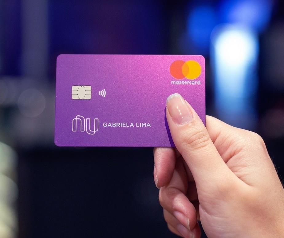 40% dos consumidores utilizaram cartão de crédito de alguma fintech nos últimos 12 meses