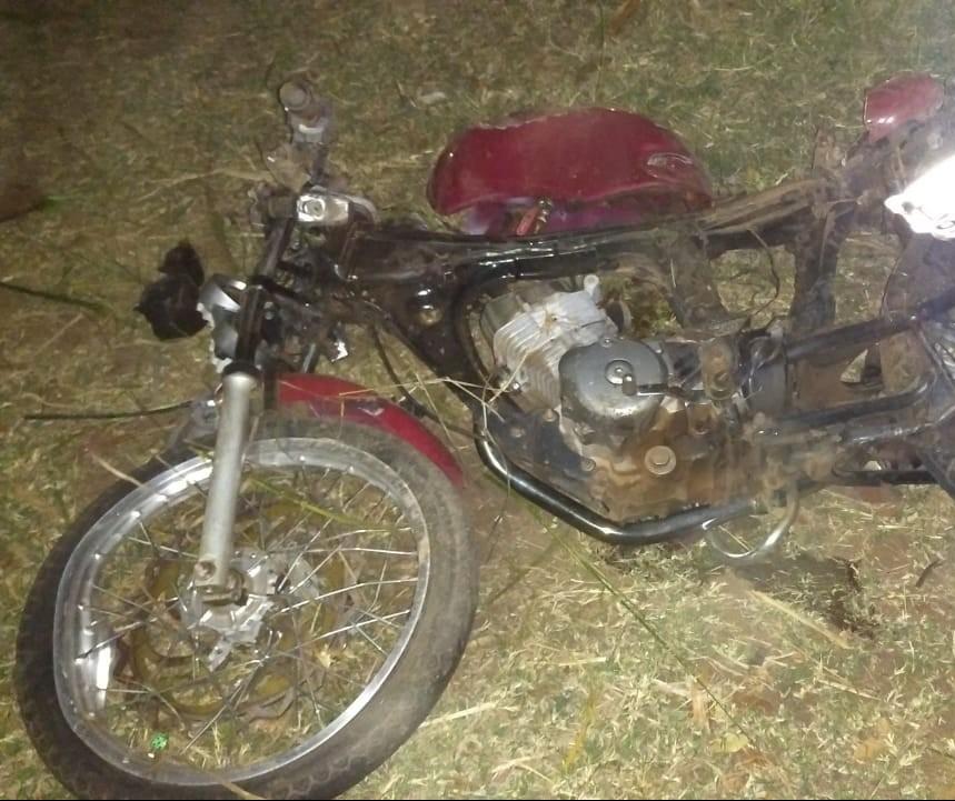 Dois jovens morrem em acidente com motocicleta na PR-182