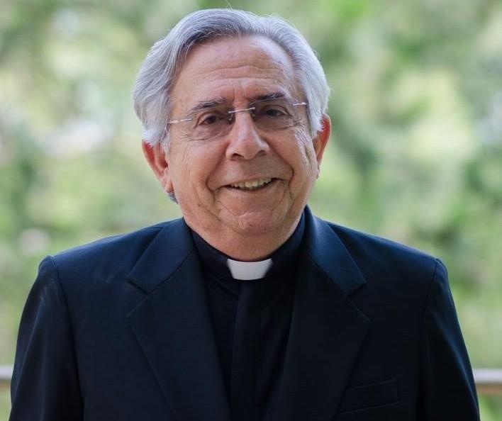 Padre monsenhor Orivaldo Robles morre aos 77 anos, em Maringá