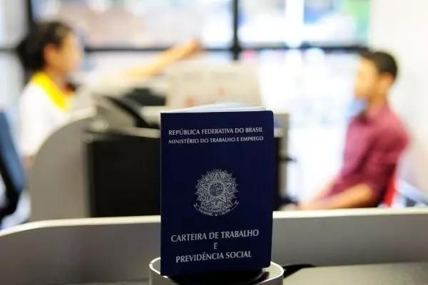 Maringá inicia a semana com 135 vagas de emprego abertas; candidate-se online