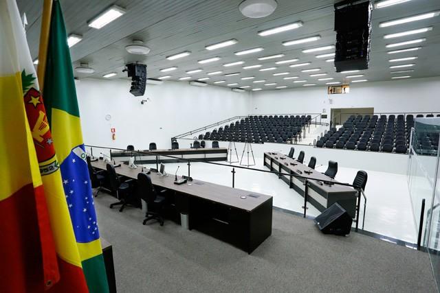 Quatro candidatos a vereador não receberam nenhum voto em Maringá