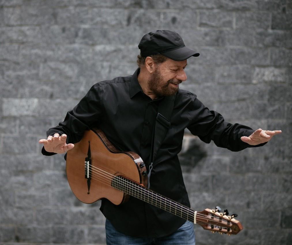 João Bosco, um dos célebres da MPB, vem a Maringá