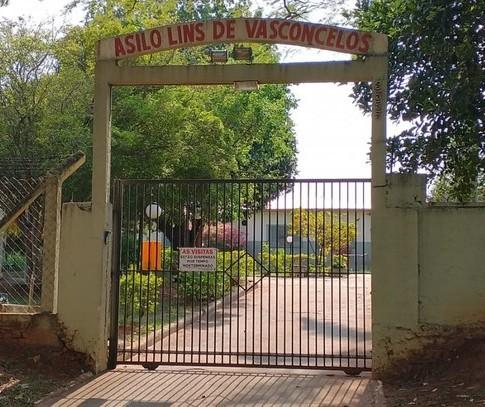 19 idosos de asilo de Paranavaí estão hospitalizados com Covid-19
