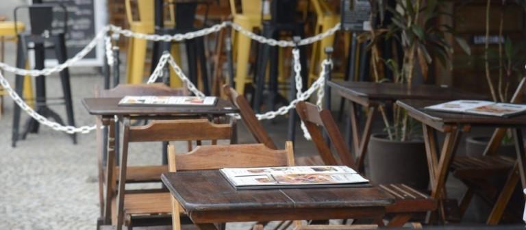 Bares e restaurantes trabalham para recuperar prejuízo em Maringá