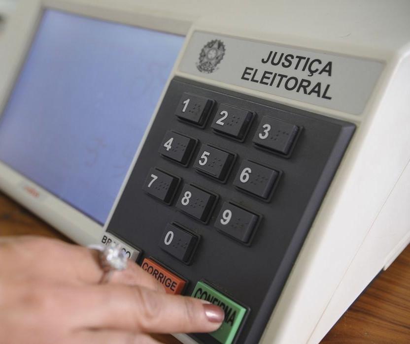 O que dizem os candidatos sobre primeira pesquisa eleitoral para prefeito de Maringá?
