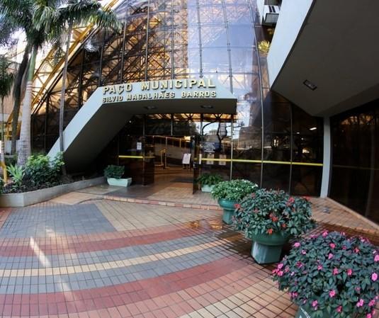 Maringá: Publicado decreto que prorroga fechamento de bares por 7 dias