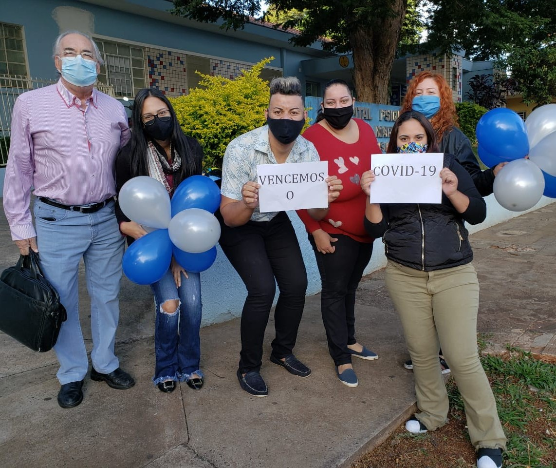 Funcionários do Hospital Psiquiátrico vencem a Covid-19