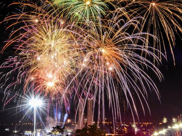 Ouvinte quer saber se os fogos de artifício estão liberados na virada do ano em Maringá