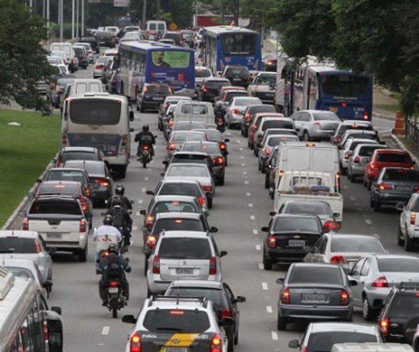 Precisamos começar a projetar as ruas e estradas aéreas do futuro