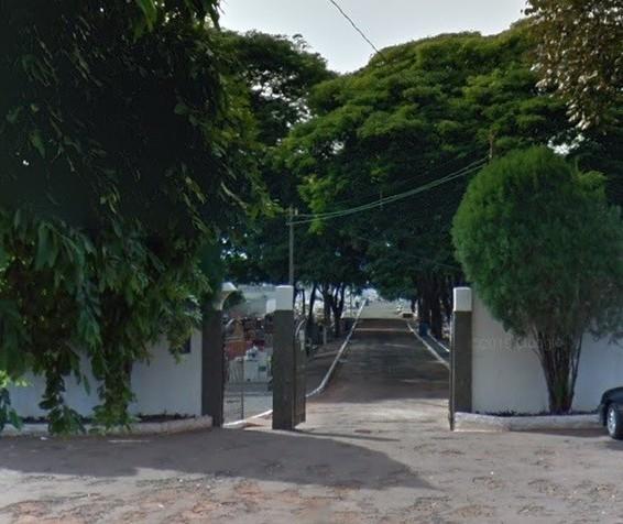 Homem descobre que outra pessoa foi enterrada no túmulo do filho em Paiçandu