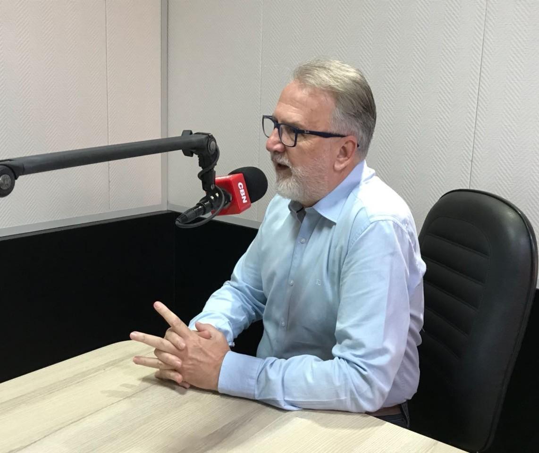 Indicadores mostram queda de renda familiar, em Maringá