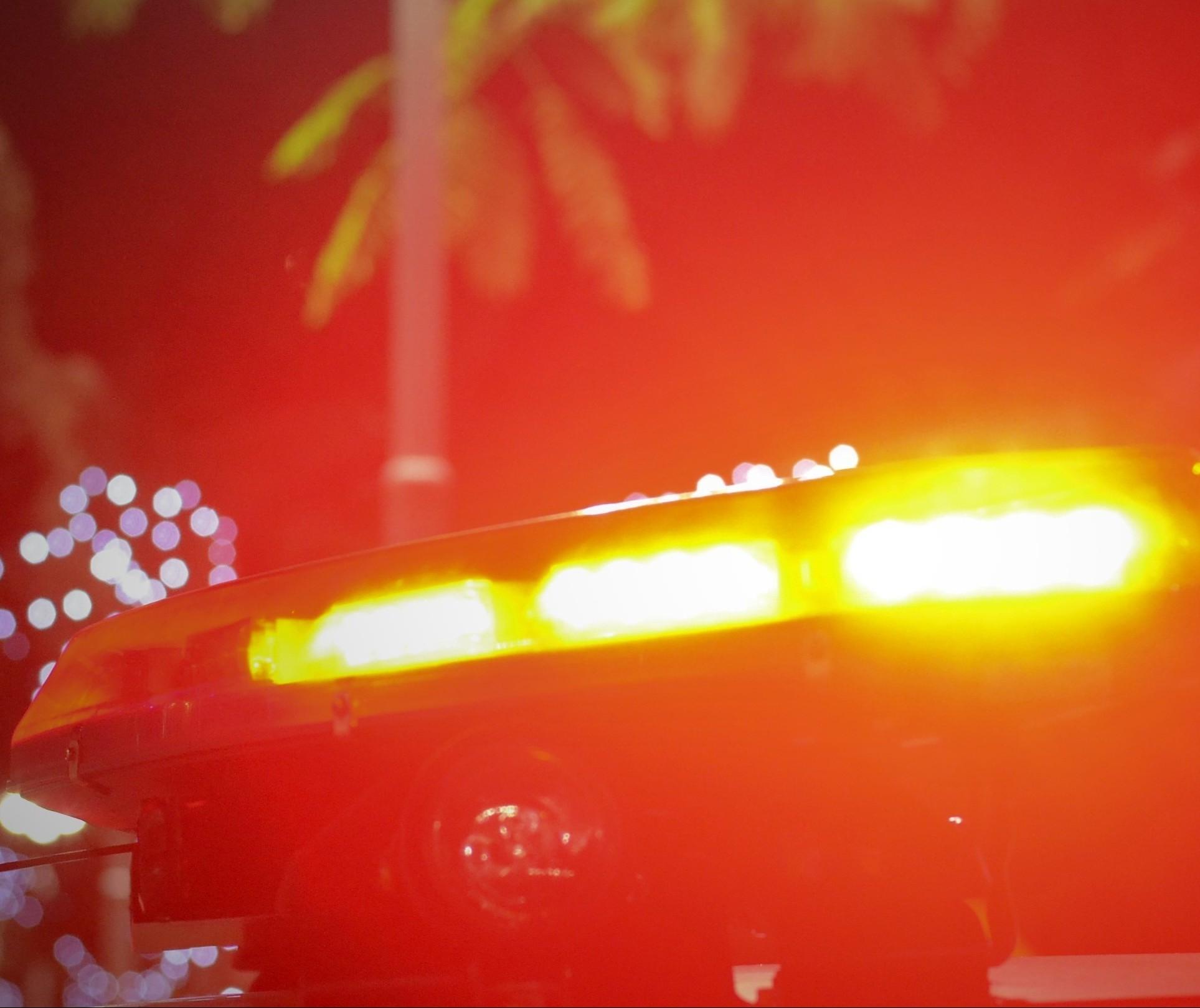 Jovem é atingido por disparos de arma de fogo