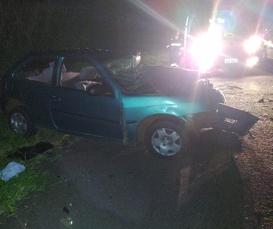 Condutor morre e três pessoas ficam feridas em colisão na PR-458
