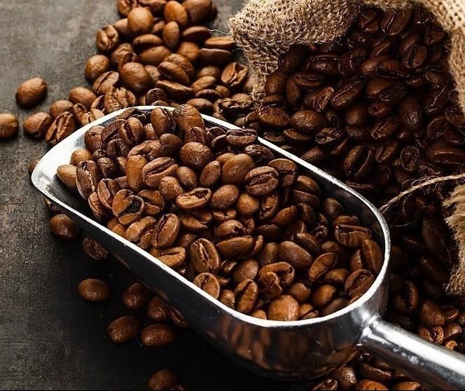 Café em coco custa R$ 6,40 o quilo em Maringá